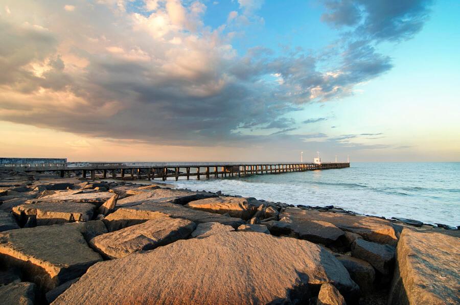 A splendid view at the Promenade beach of Pondicherry
