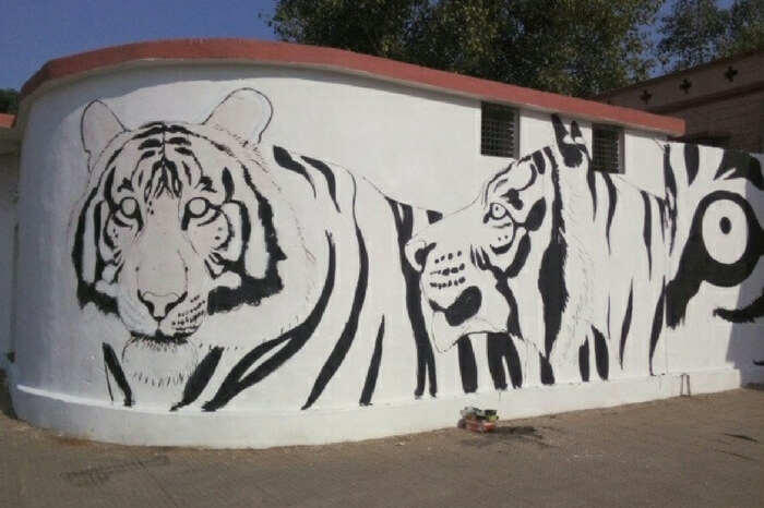 Art work at Sawai Madhopur railway station
