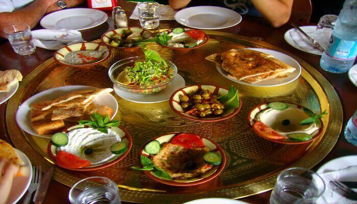 Taste the best ofJordanian food