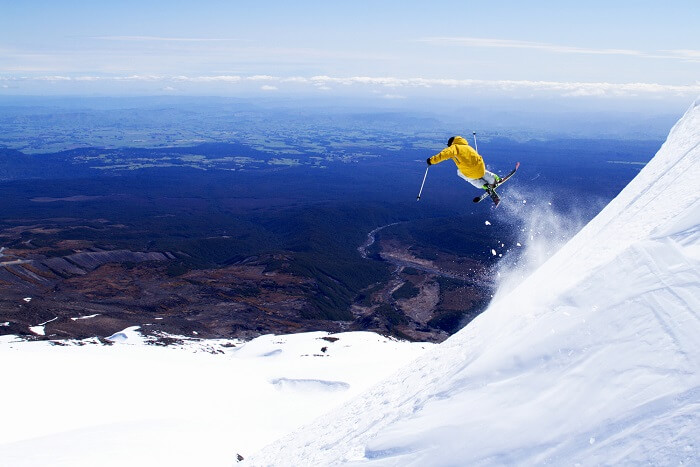 Skiing in Mount Ruapehu