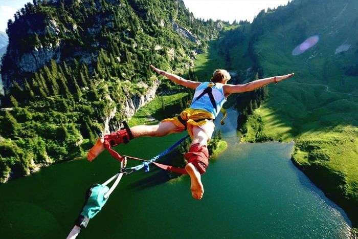 Bungy Jump from mountain