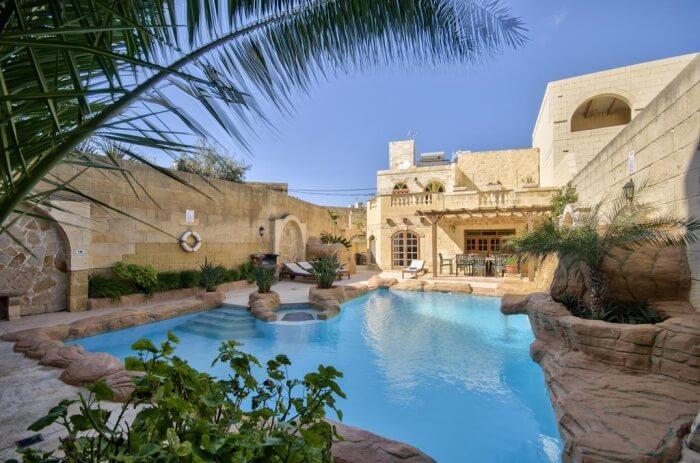 Blissful Entire Villa