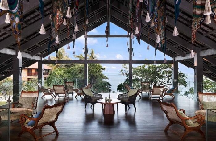 Luxurious Pvt villa In Kalutara