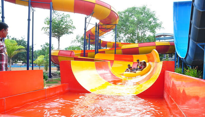 Water Parks In Kerala cover