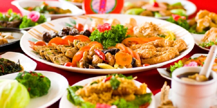 different plates of dishes in fo you yuan