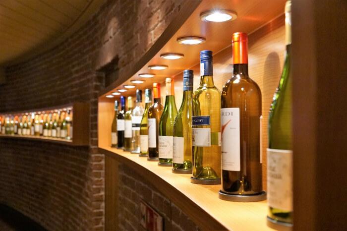 Baracas Wine And Beer Bar