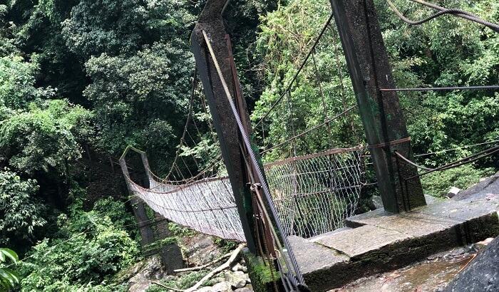 stream crossing, on the way to root bridge