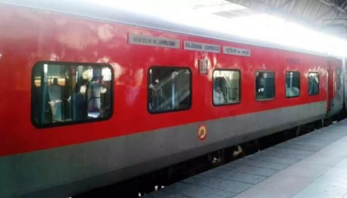 Jammu Rajdhani is the best  for travell